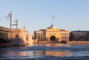 Admiralty building and  Palace  Bridge in St. Petersburg, evenin