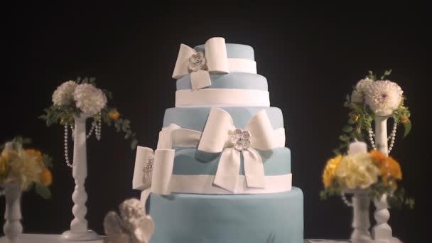 Gurmánské pět vrstvy svatební dort