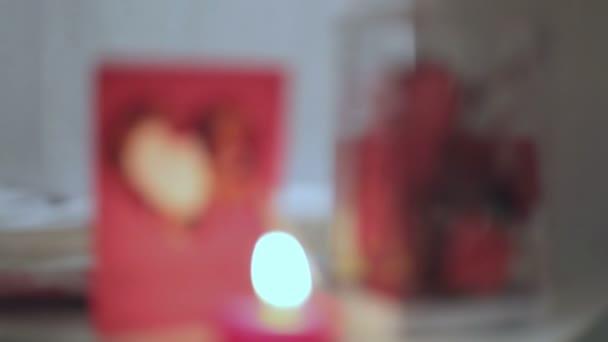 Romantische decoratie van kamer u2014 stockvideo © trekone #120717352