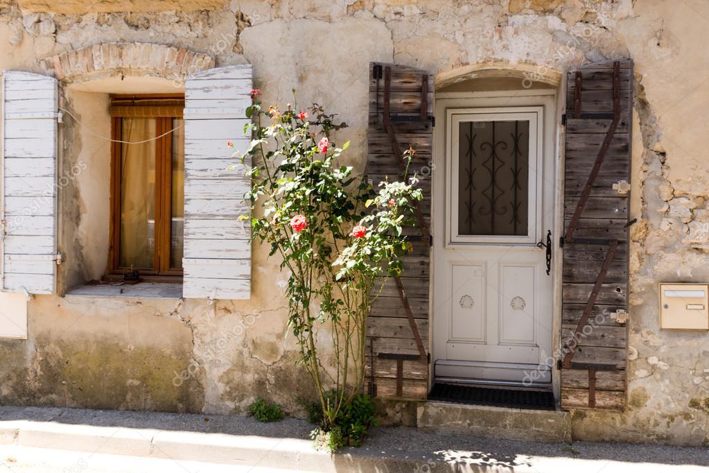Gevel van het provençaalse huis u stockfoto dario racane