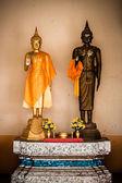 Zlatý buddha v chrámu Thajsko