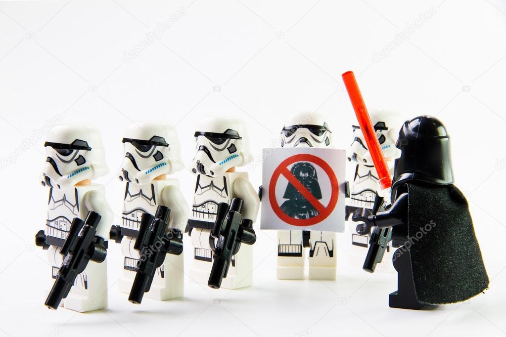 The lego Star Wars movie Stomtrooper mini figures  – Stock