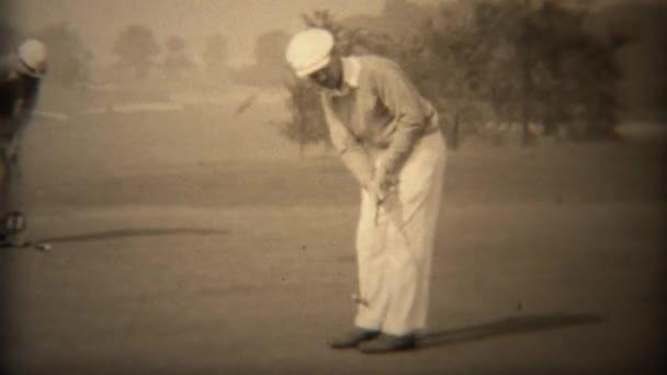 Golfista closeup nasadil country club
