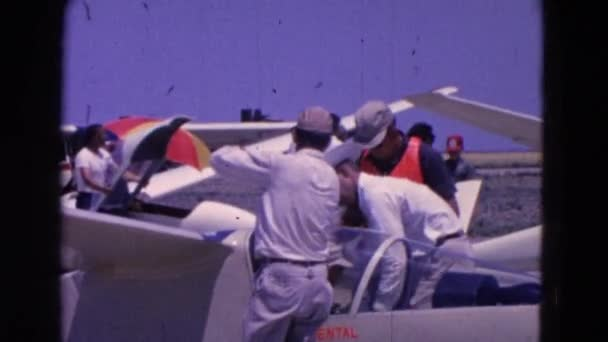 Ein Flugzeug wird vorbereitet