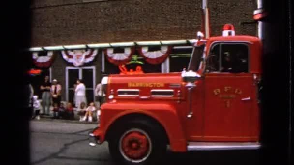 hasičský sbor je vidět v průvodu
