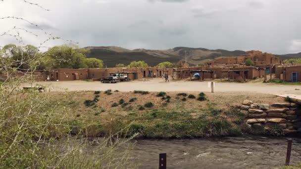 nagy bennszülött amerikai indián település