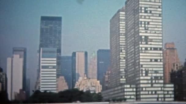 Panorama mrakodrapů Manhattanu