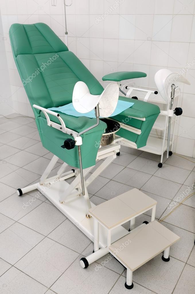 женщины на гинекологическом стуле - 11