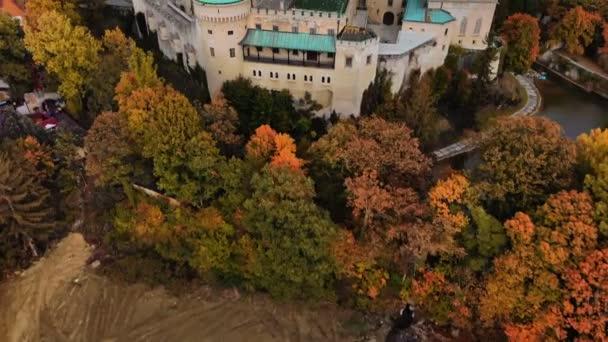 Letecký pohled na Bojnický středověký hrad