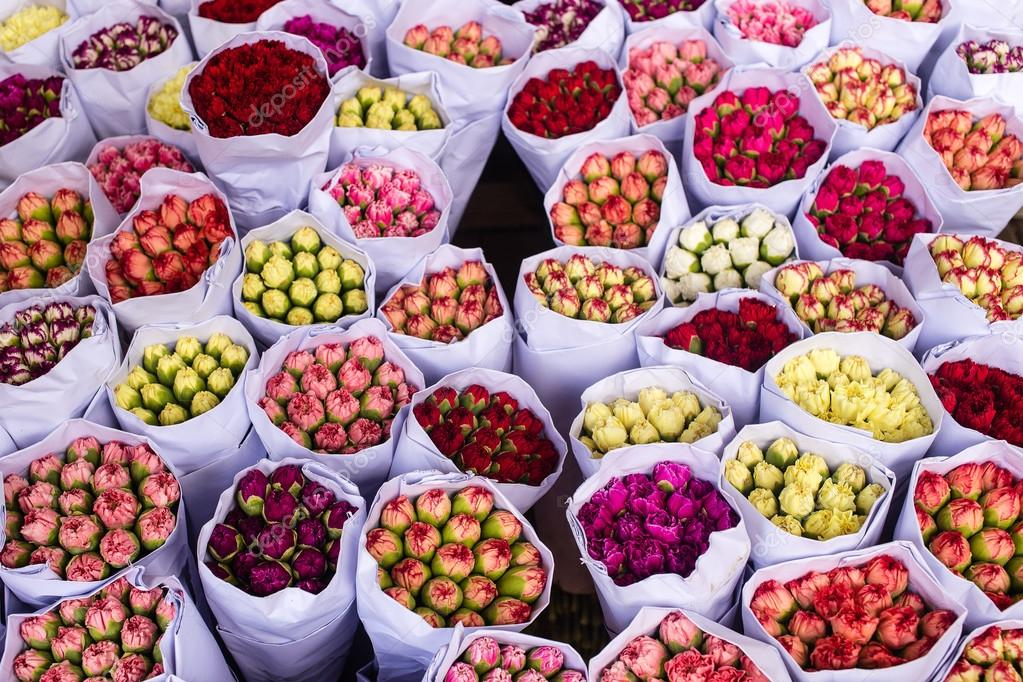 Bouquets of flowers are at the flower market in Hong Kong (China)