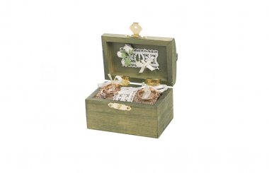 A green wooden box for wedding wings