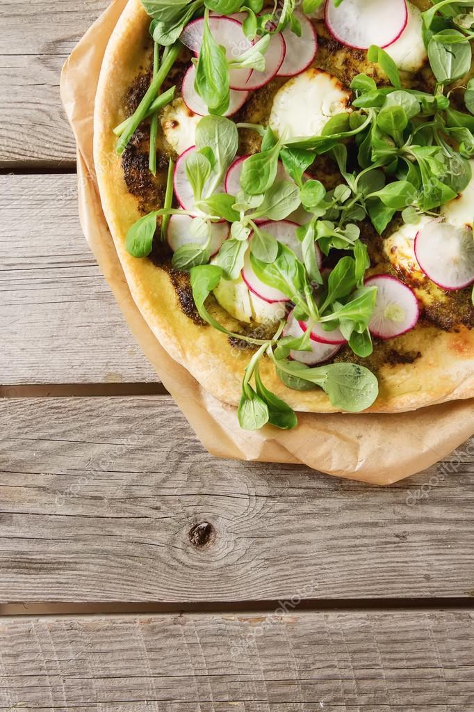 salat zu pizza