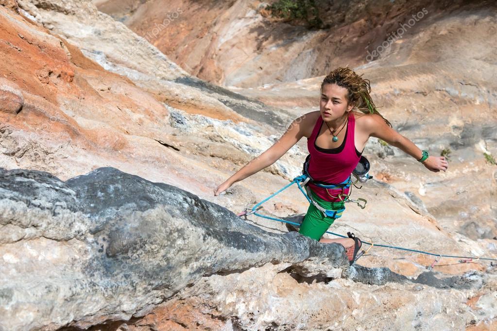 climbing girls Rock