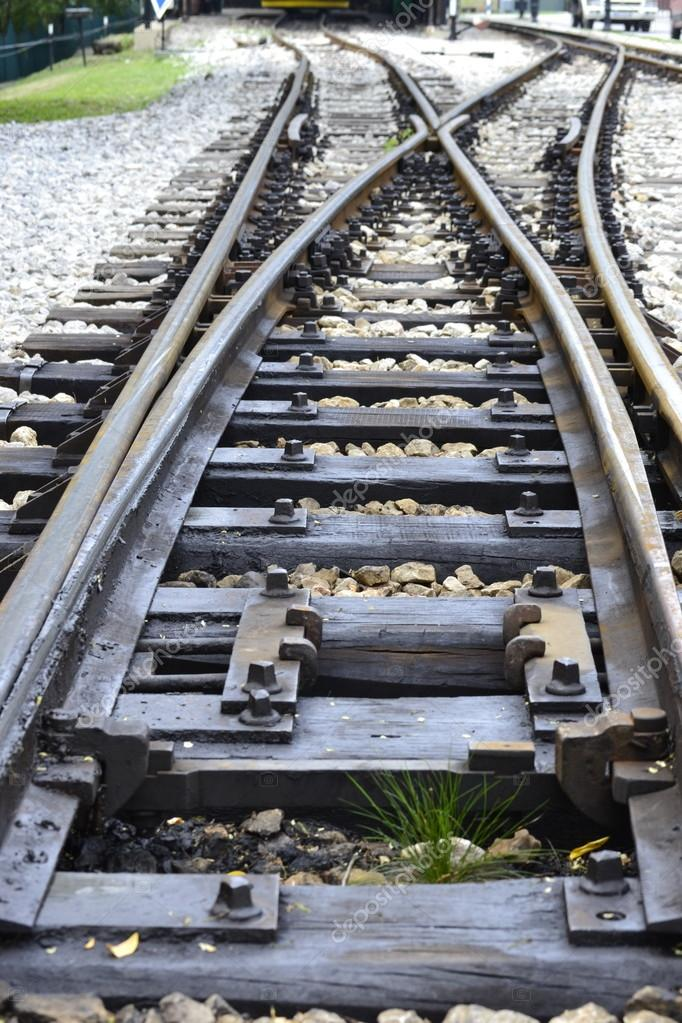 500 word railroad crossing essay 2 pages (500 words) essay the transcontinental railroad the purpose of this essay is to explore both the origins of the transcontinental railroad and its influence on americans.