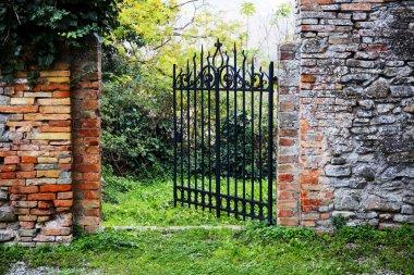 The secret garden of the castle