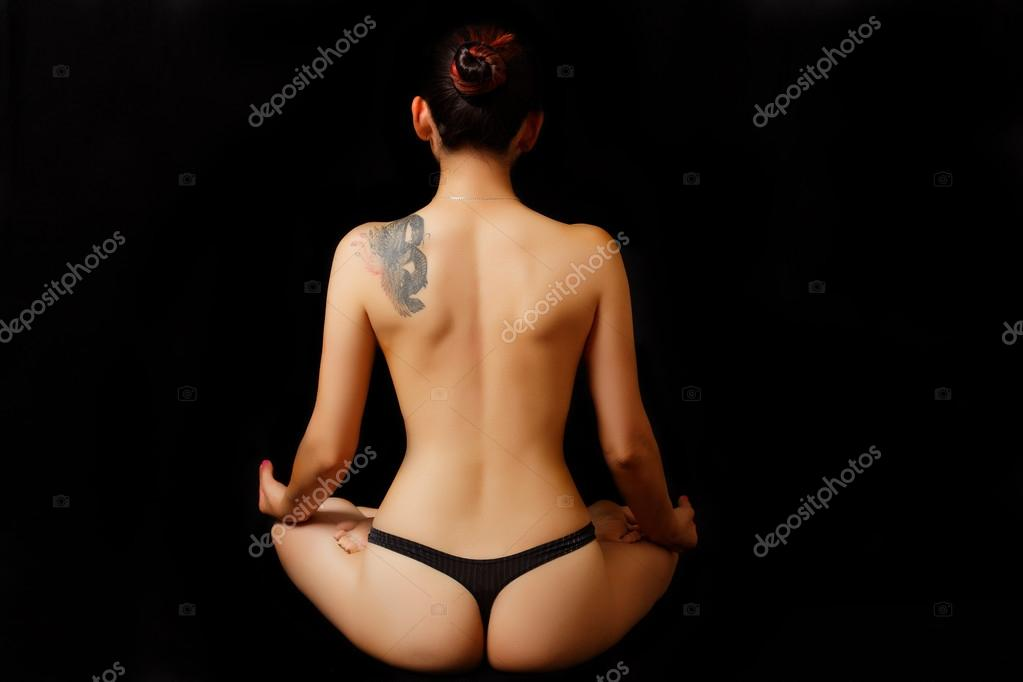 nude-female-on-their-back-claudia-marie-nude-naked-pussy