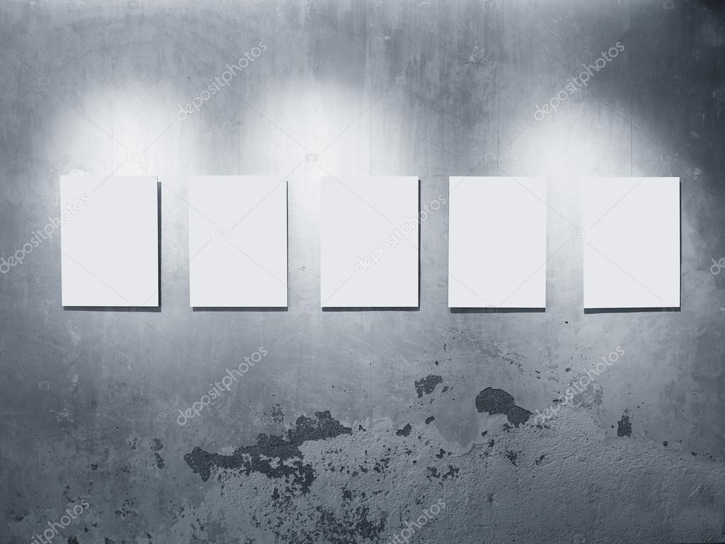 Simulacros de marcos de carteles en la pared concreto gris con ...