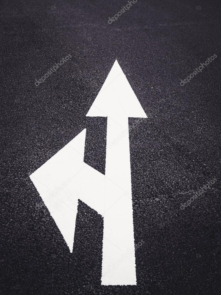 Ok Işareti Yol Kentsel Trafik Yönünü Boya Stok Foto Viteethumb