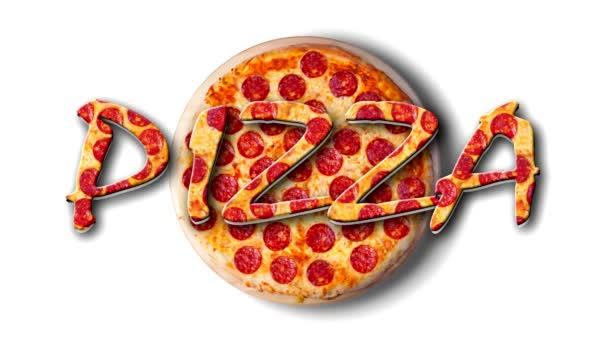 Video točící se pepperoni pizzy na bílém talíři s nápisem Pizza