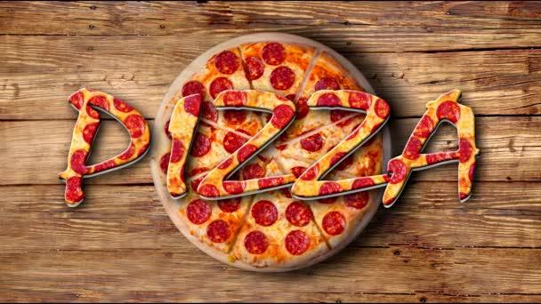 Video točící se pepperoni pizzy na dřevěném talíři s nápisem Pizza