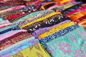 Fotografia sciarpe colorate