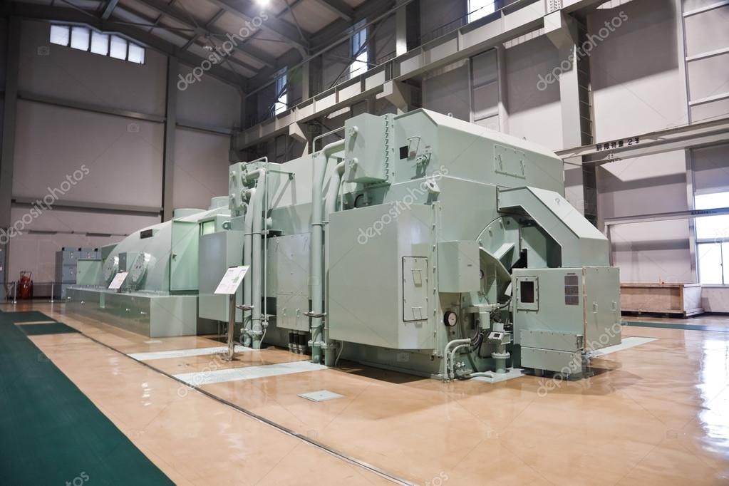 Generator and turbine in a power station