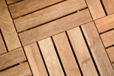 Outdoor wooden decking tile