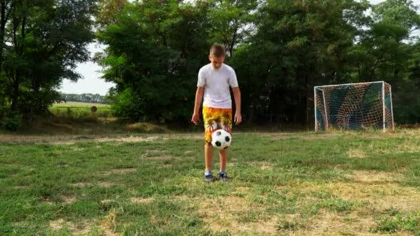 Teenage kopy fotbalový míč
