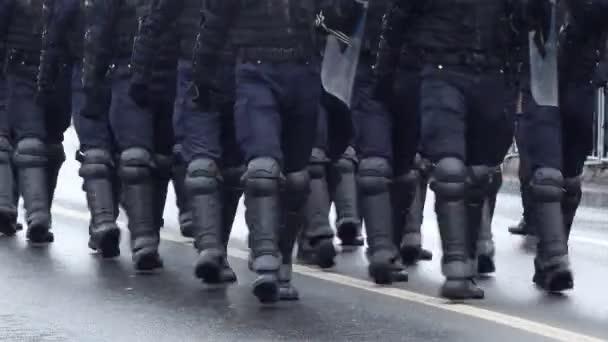 Obrněný policejní zásah