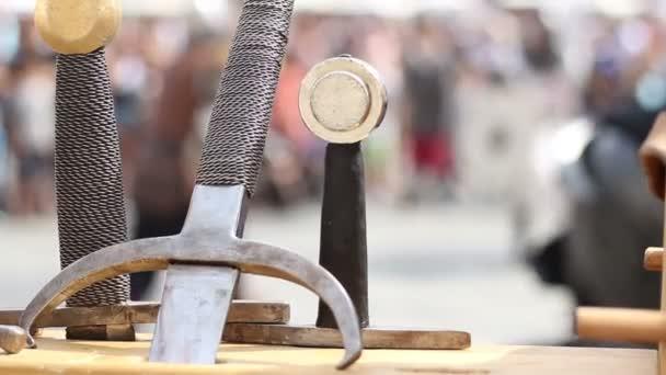 Schwerter und Kämpfe