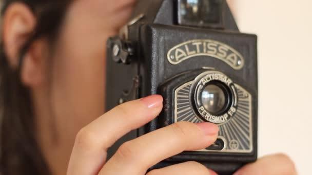Fotí se starým fotoaparátem
