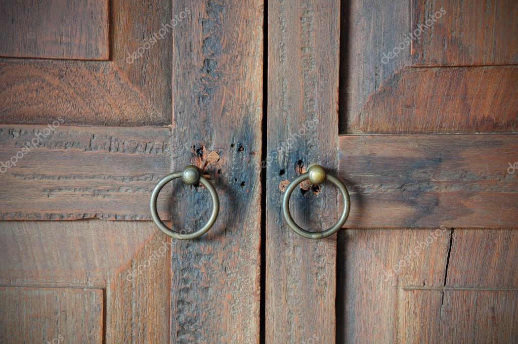Old wooden doors wih metal handles in oriental style u2014 Stock Photo & old wooden doors wih metal handles in oriental style u2014 Stock Photo ...