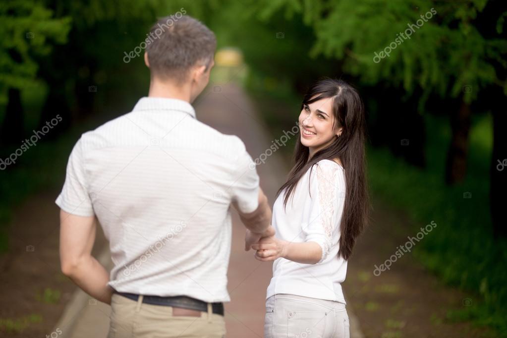 Inviting boyfriend for a walk