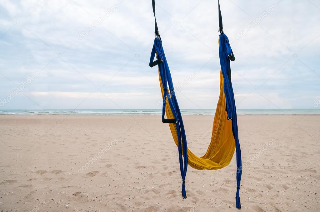 empty hammock for fly yoga or antigravity aerial yoga on tropical beach background  u2014 empty hammock for fly yoga or antigravity aerial yoga on tropical      rh   depositphotos