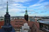 06.10.2011. Chemnitz. Ostdeutschland. Chemnitzer Stadtblick vom antiken Uhrenturm bei trübem Wetter.