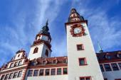 06.10.2011. Chemnitz. Ostdeutschland. Altes Rathaus Chemnitz mit blauem Himmel.