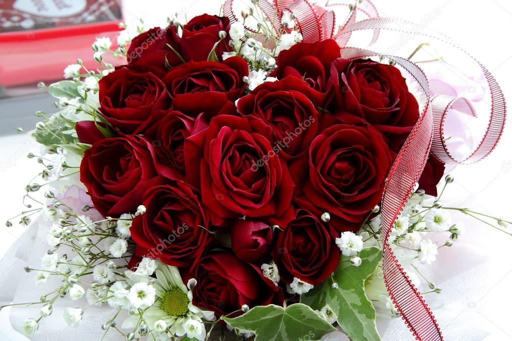Herz Rosen Valentinstag Oder Hochzeitsstrauss Stockfoto