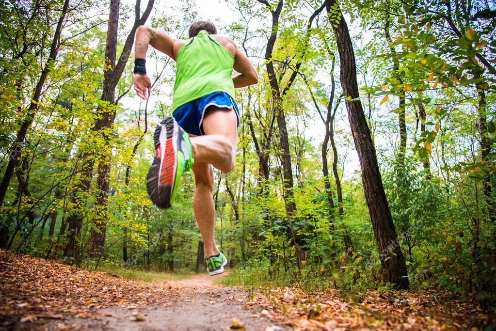 Tread running shoes