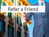Pozvěte kamaráda - obchodní muž známek