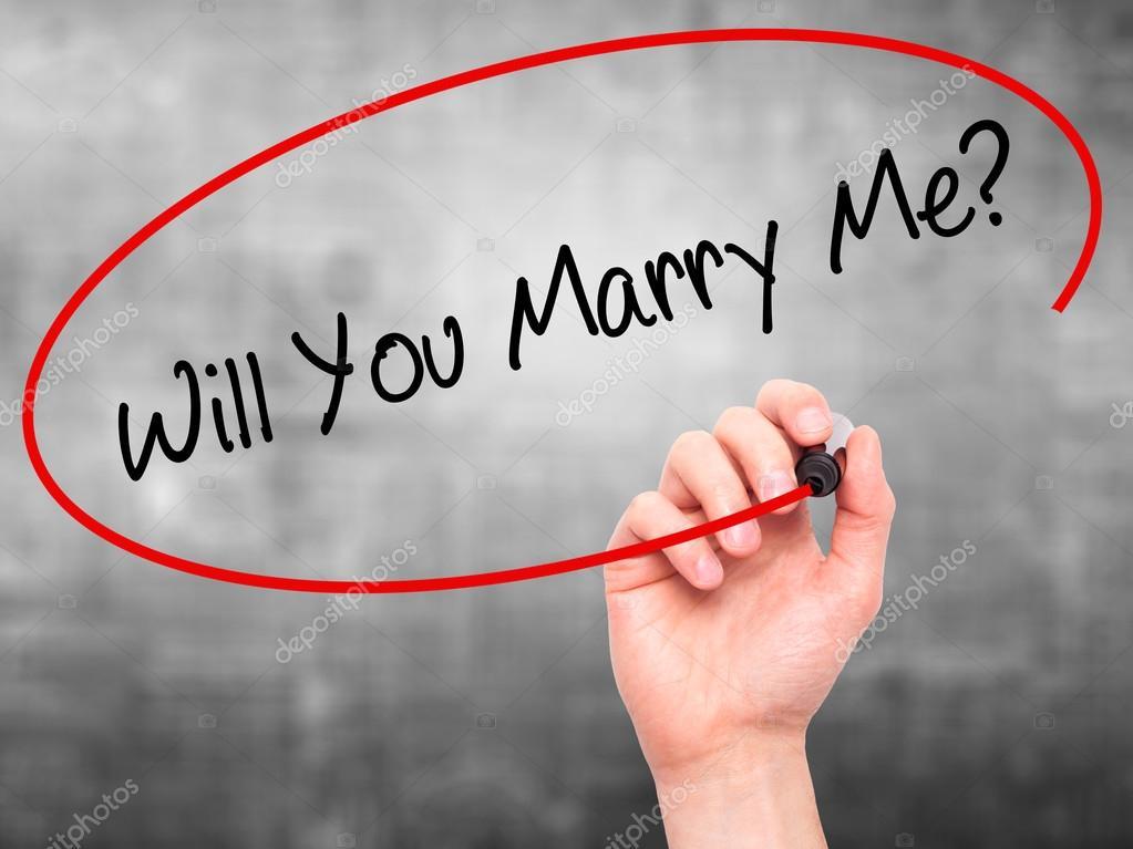 Mano de hombre escribir voluntad quieres casarte conmigo? con ...