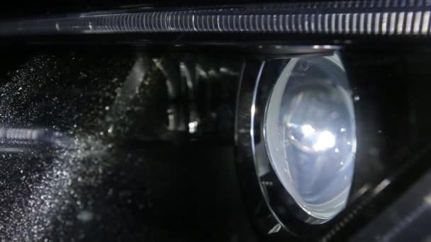 Zblízka světlometů Audi A5