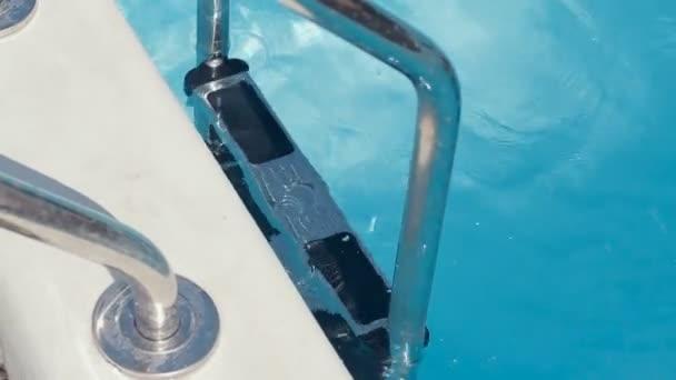 фото видео парни в плавках