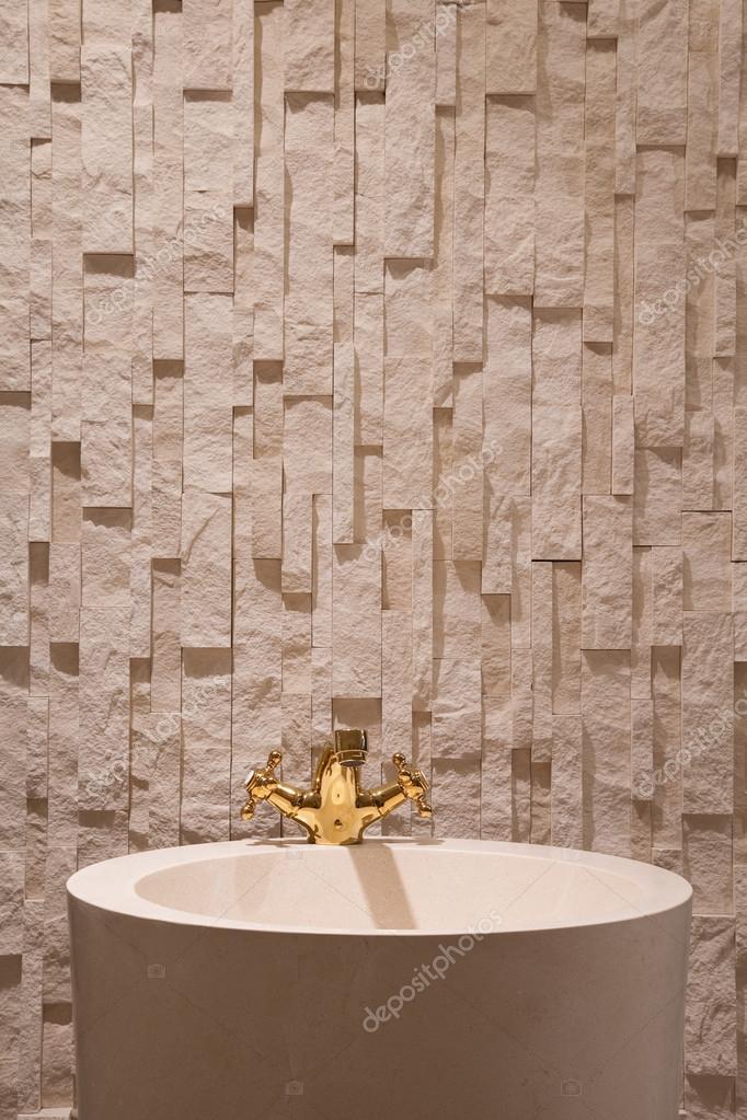 wastafel, kranen, kranen, goud, muren, vloeren, behang, badkamer ...
