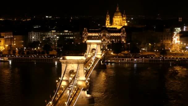 Budapest Duna-híd az éjszakában