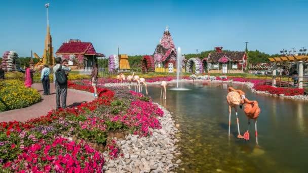 Dubaj zázrak zahradní timelapse s více než 45 milionů květin ve slunečný den, Spojené arabské emiráty