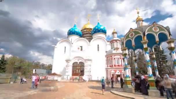 Velké kláštery Rusko timelapse hyperlapse. Trinity Sergeje lávra