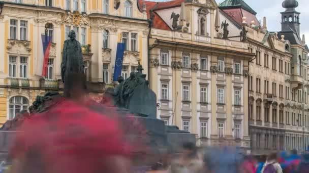 Jan Hus Memorial, který navrhl Ladislav Saloun na Staroměstském náměstí v Praze, Česká republika.