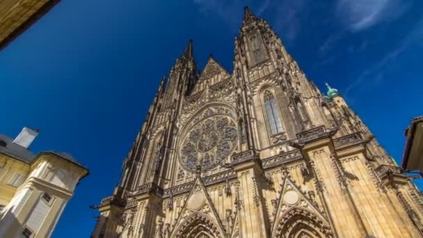 St. Vitus Cathedral timelapse hyperlapse in Prague surrounded by tourists.