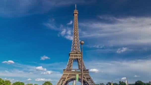 Eiffelova věž pohled z mostu Jena timelapse hyperlapse, Paříž, Francie