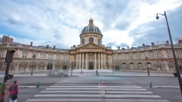 Institut de France v Paříži z Pont des Arts timelapse hyperlapse